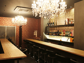 Luxury Bar GOAT-ゴート-のアルバイト情報