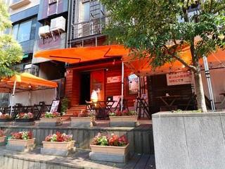 Cafe & 鉄板バル 近江屋 ロージュのアルバイト情報