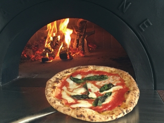 ピッツァ&イタリアンレストラン アルベロディ・オリーブのアルバイト情報