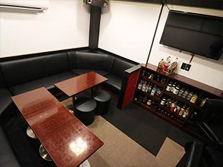 ガールズスナック  VIP Room 27のアルバイト情報