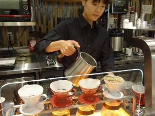 ドリップマニア 横浜リフレスタ店のアルバイト情報