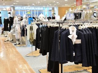 洋服の青山 横浜駒岡店のアルバイト情報