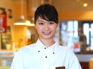 新入生・パートデビューさん歓迎★満腹&満点WORK♪ (1)接客/ホール[ア][パ] (2)厨房・キッチン[ア][パ]