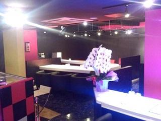 Girls Bar ファミリアアイドルのアルバイト情報