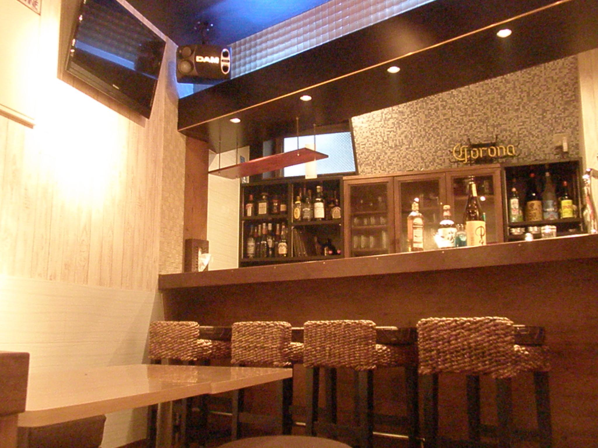 Girl's Bar Southern Cross(ガールズバーサザンクロス) のアルバイト情報