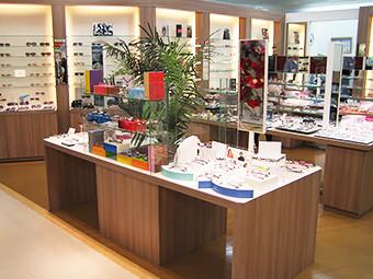 OPTIQUE PARIS MIKI ならファミリー店 のアルバイト情報