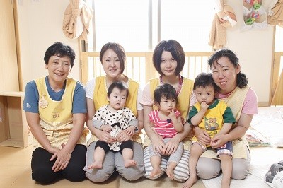 にじいろ保育園 江田のアルバイト情報