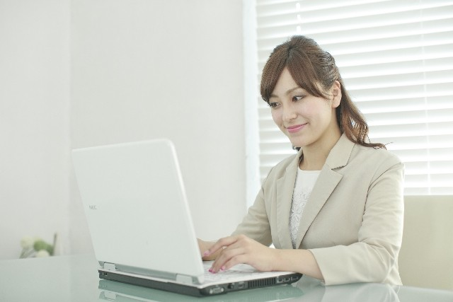株式会社シエロ 大阪営業所 大阪市中央区エリア Webページ運用スタッフ のアルバイト情報