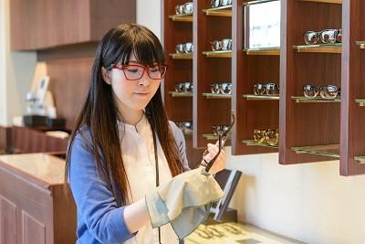金子眼鏡店 青山店 のアルバイト情報