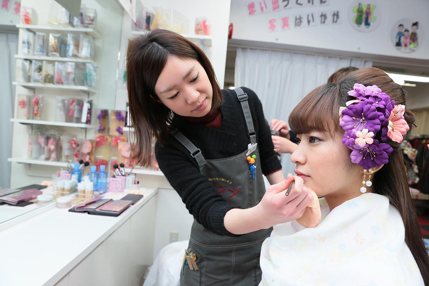 レンタルきもの Mine(マイン) 香椎店 ヘアメイクスタッフのアルバイト情報
