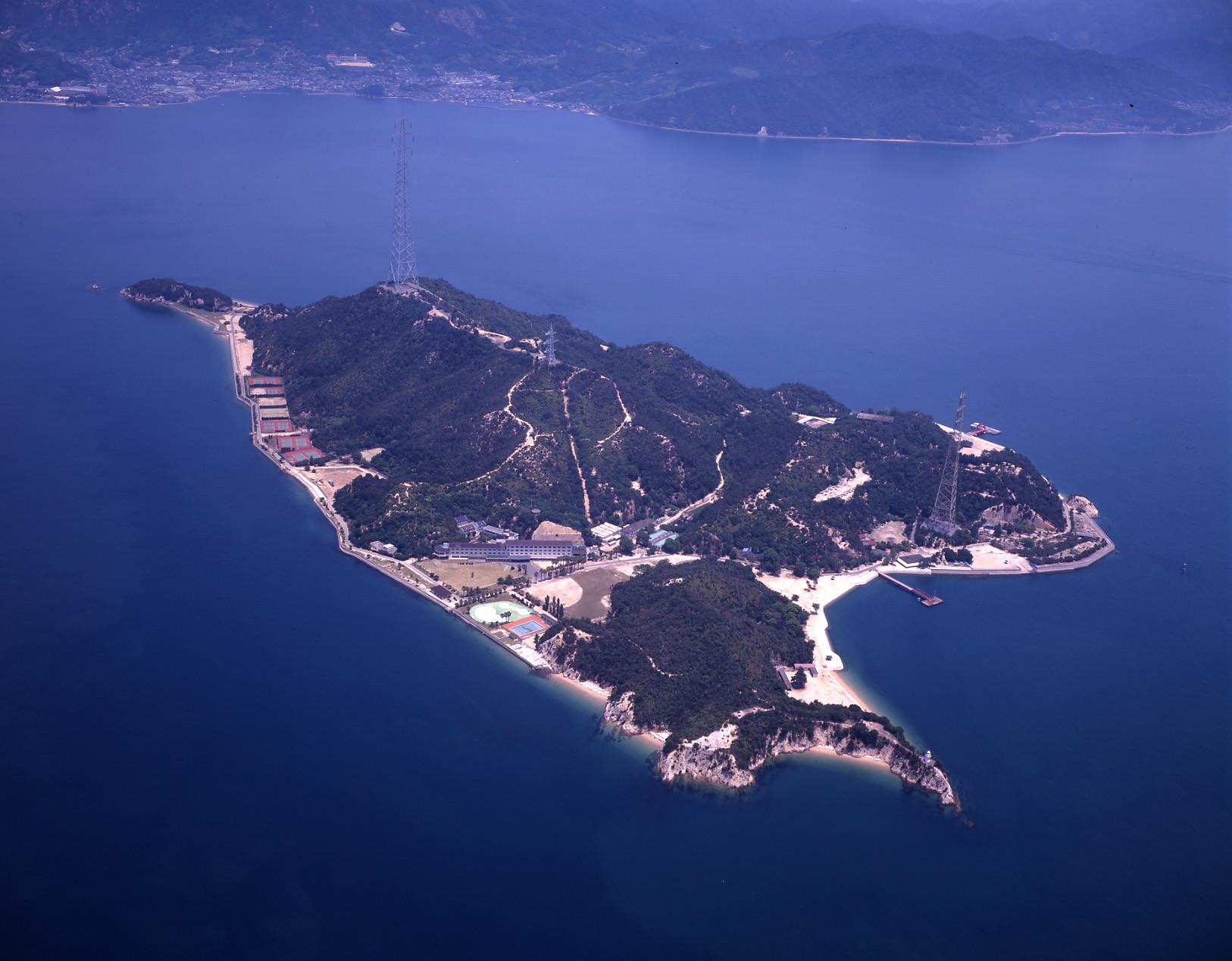 休暇村大久野島 フロントスタッフのアルバイト情報