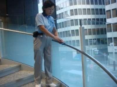 清掃スタッフ アリビオ大林 株式会社三清社 のアルバイト情報
