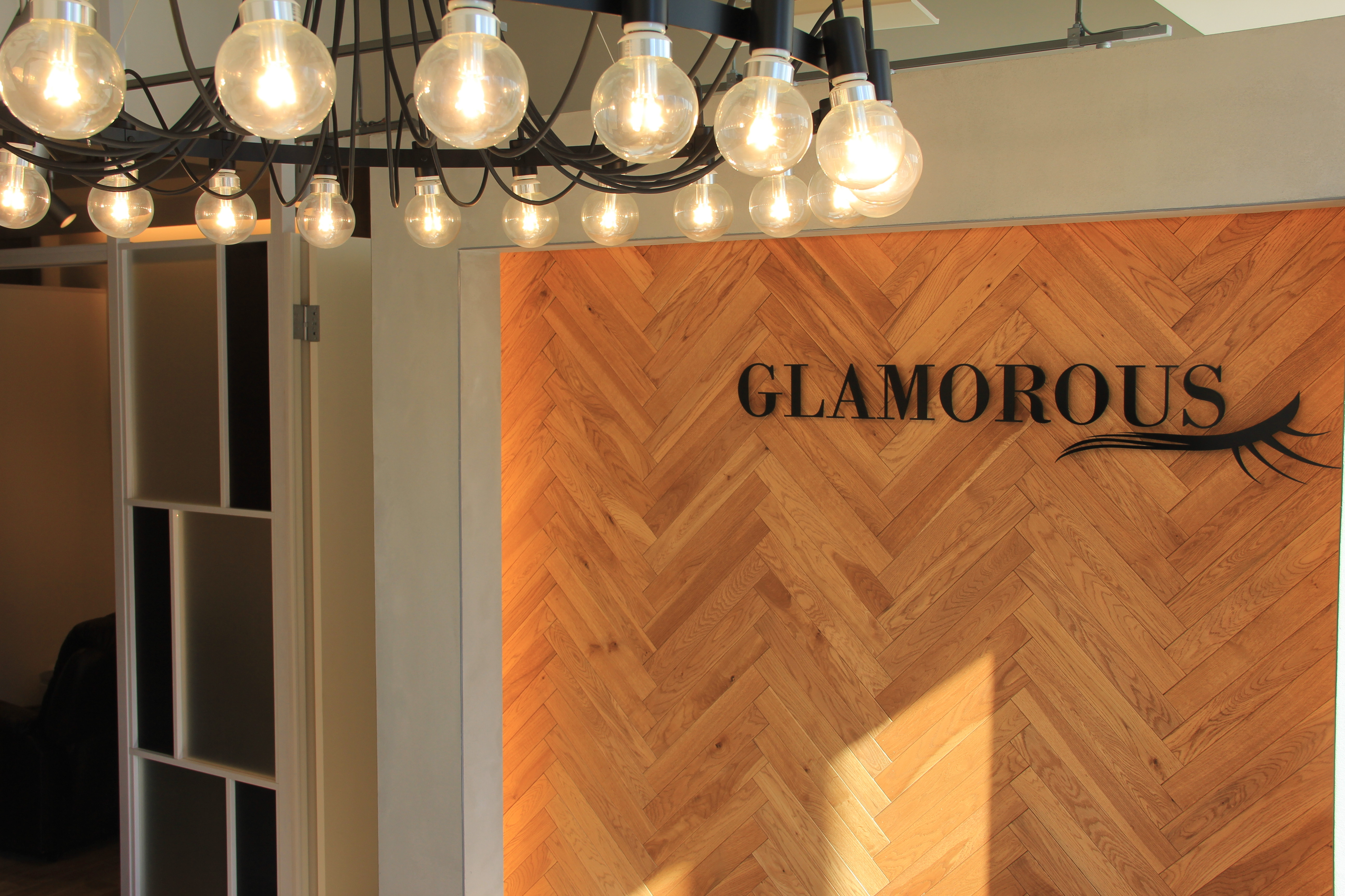 GLAMOROUS 道頓堀店のアルバイト情報