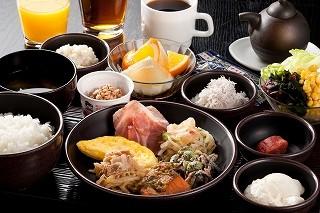 カンデオホテルズ 亀山 レストランスタッフのアルバイト情報