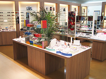 メガネの三城 パームシティ和歌山店 のアルバイト情報