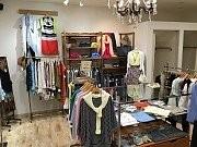 Outlet Shop Valu Vari(アウトレットショップバルバリ) 石川町店 のアルバイト情報