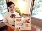 ロイヤルホスト 東新宿駅前店のアルバイト情報