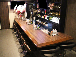 Bar lounge be...のアルバイト情報