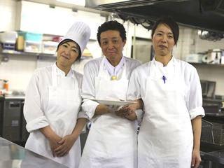 サンプラザシーズンズ Restaurant&Cafe Asiana(アジアナ)のアルバイト情報